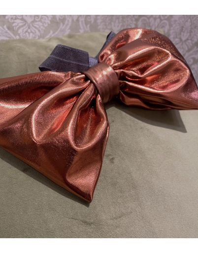 Foil Bow