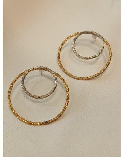 Σκουλαρίκια εφαπτόμενοι κύκλοι